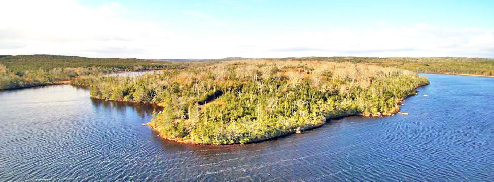 Nova Scotia - 12,5 ha große Halbinsel mit rd. 1.400 m eigener Uferfront in einzigartiger Naturlage!