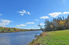 Cape Breton - Toplage am River Inhabitants - 18,2 Hektar inklusive rd. 30.000 m² großem Uferlot!